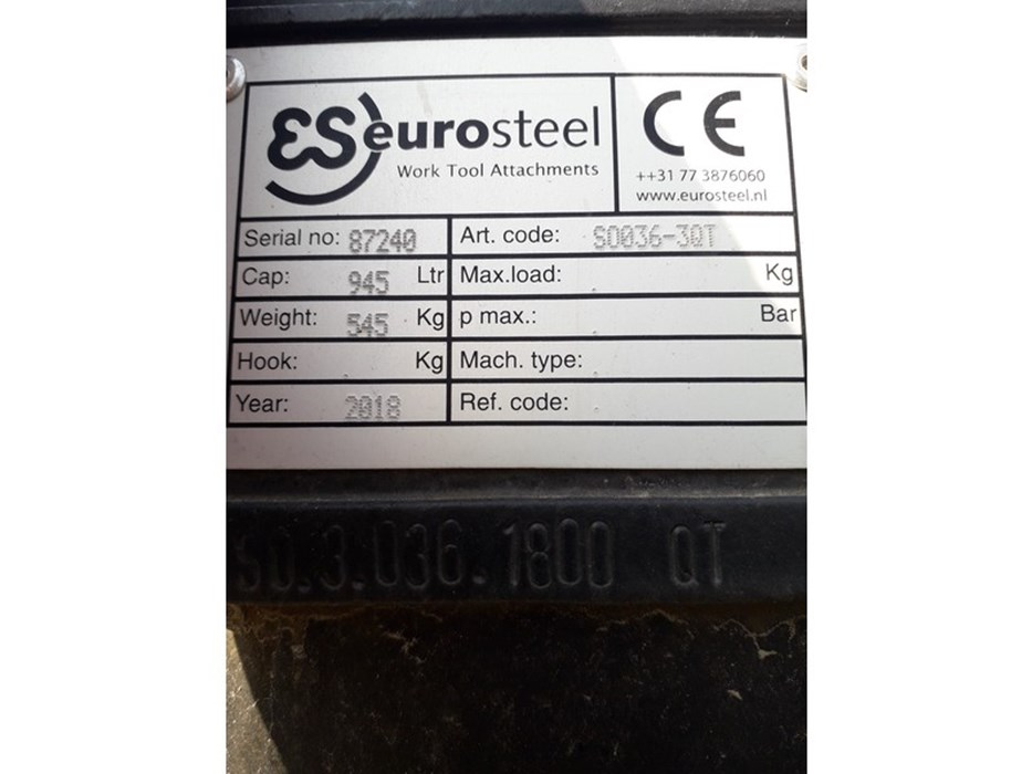 Eurosteel digging bucket 945 ltr new